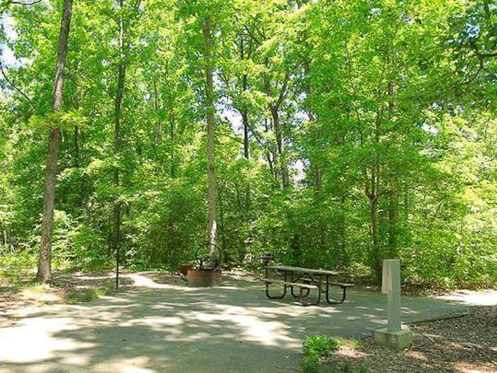 Arrowhead Campground-Site 037