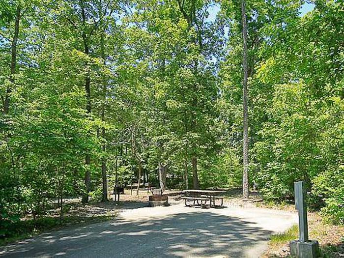 Arrowhead Campground-Site 042
