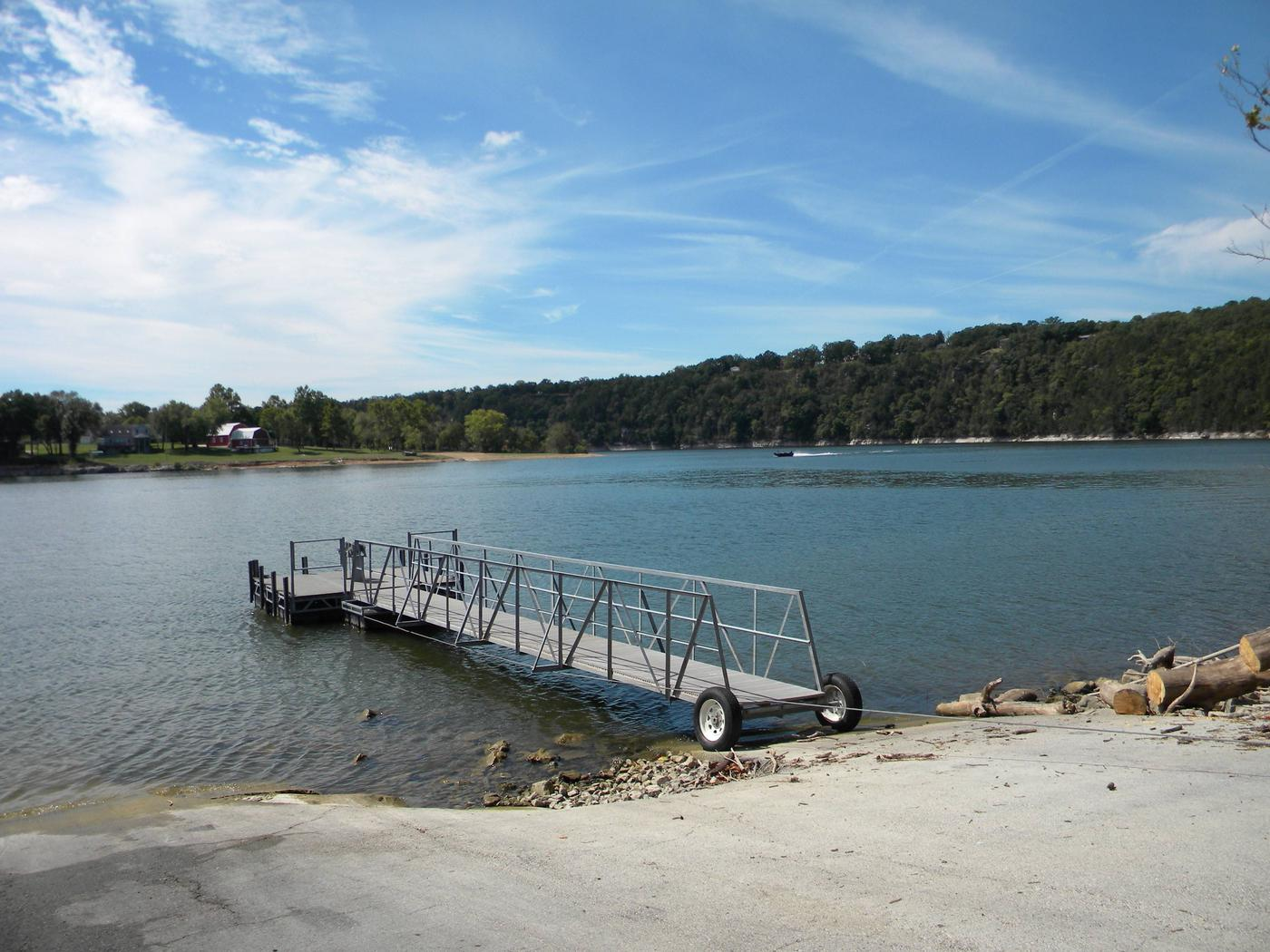 cfCourtesy Dock