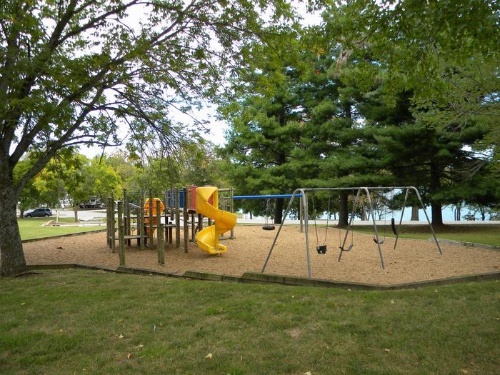MILL CREEK (MISSOURI)Playground