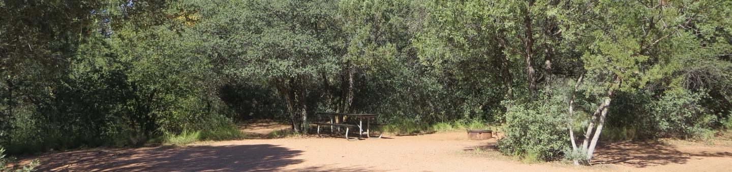 Houston Mesa, Horse Camp site #06 featuring entrance, parking, and picnic area.