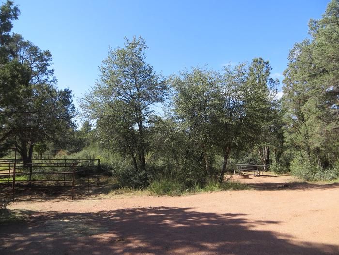 Houston Mesa, Horse Camp site #12 featuring entrance and parking, picnic area and horse corral.