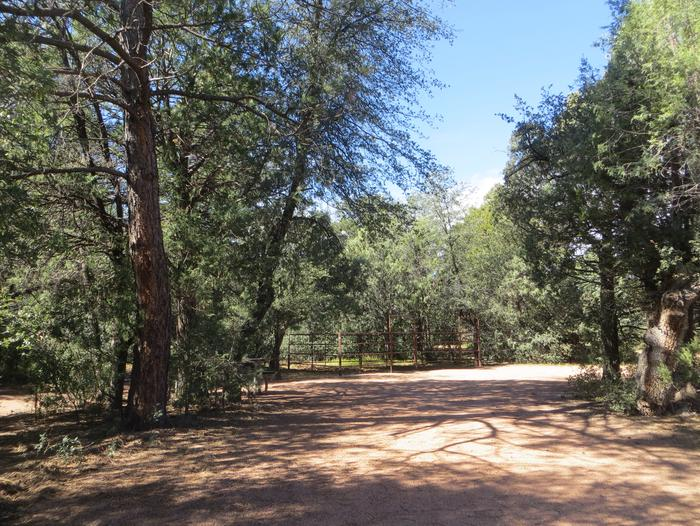 Houston Mesa, Horse Camp site #26 featuring large, private parking and horse corral.