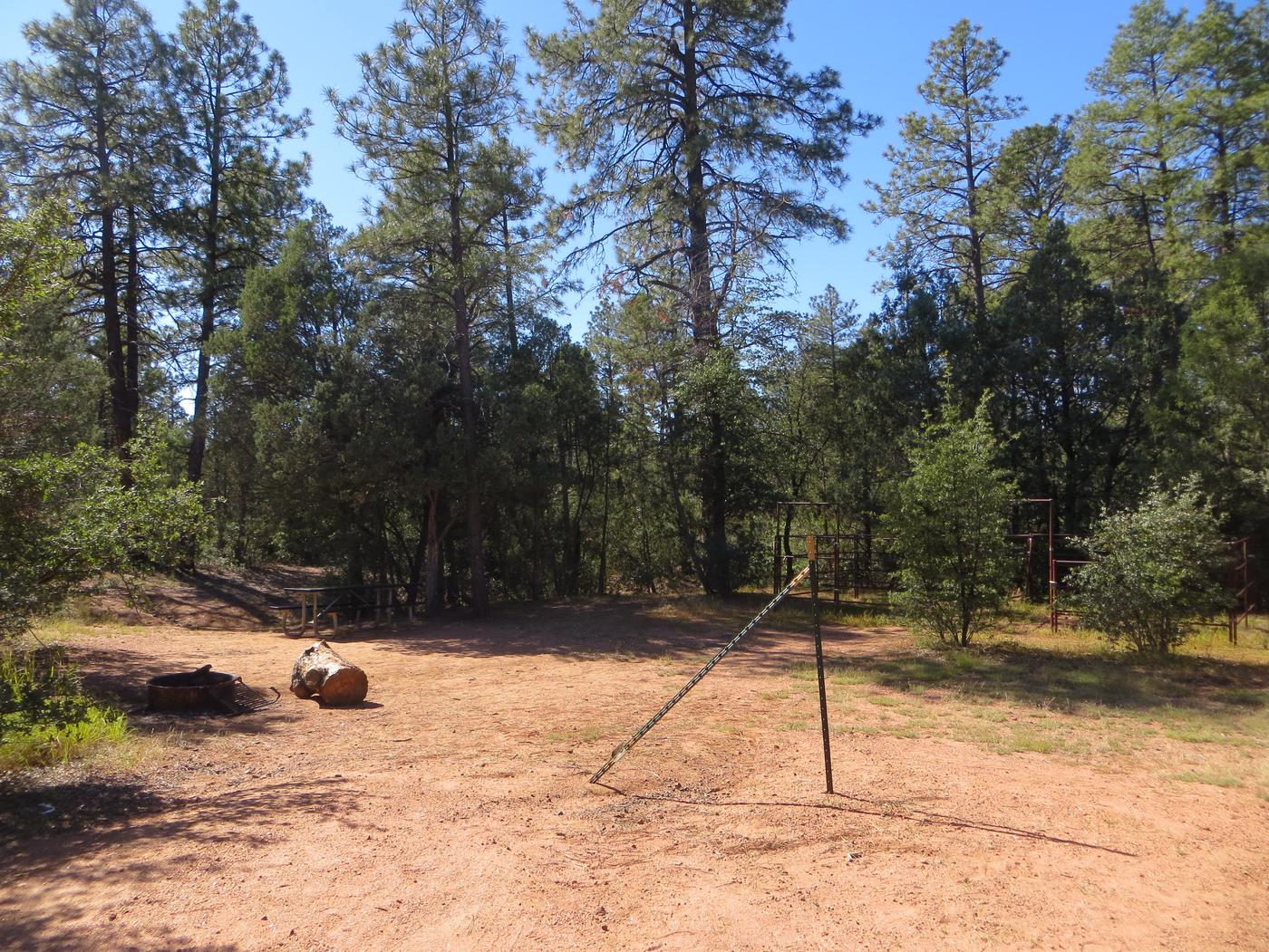 Houston Mesa, Horse Camp site #30 featuring entrance and parking, picnic area and horse corral.