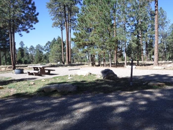 Jacob Lake site #22 featuring entrance, parking, and full camp space view.