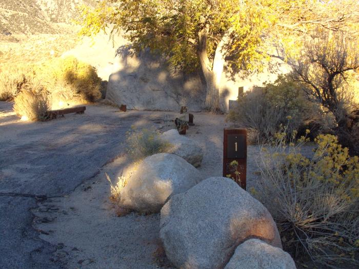 Parking space and entrance to site #01, Lone Pine Campground.
