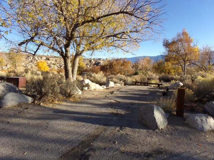 Parking space and entrance to site #28, Lone Pine Campground.