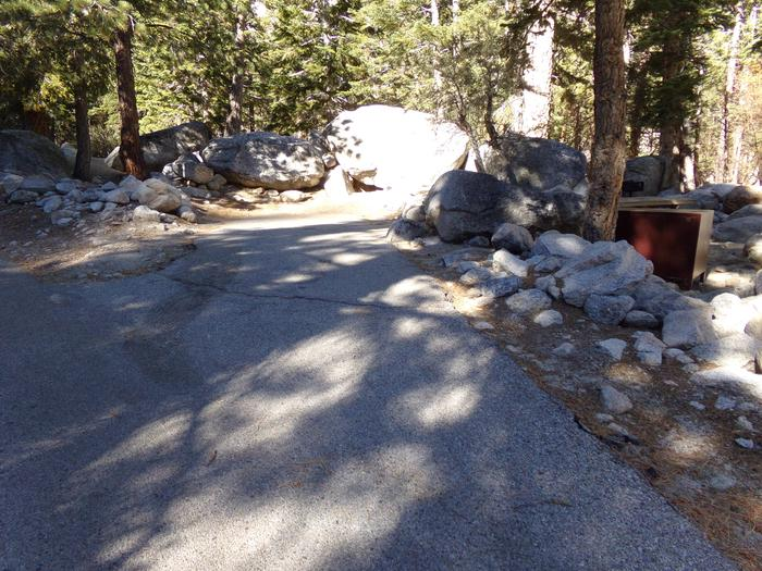 Entrance to mountain top setting site #05, Mt. Whitney Portal Campground.