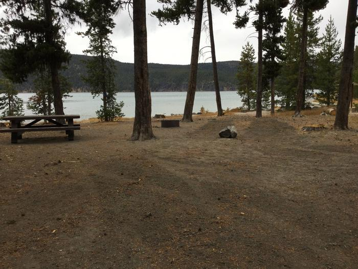 Site 4East Lake Campground
