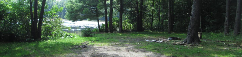TRIANGLE LAKE  CAMPSITE 2