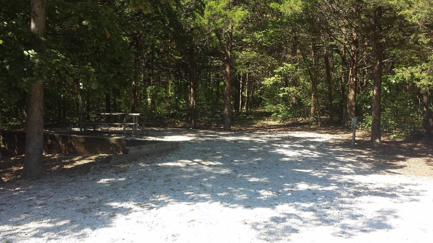 OSAGE BLUFFCampsite in Osage Bluff