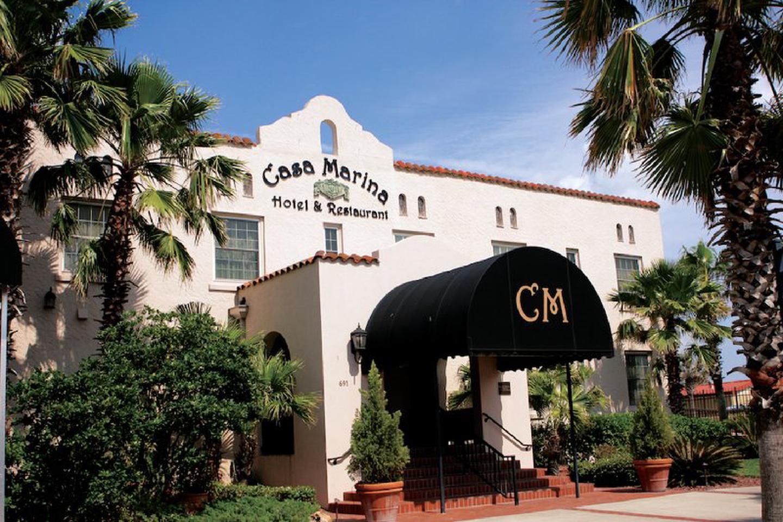 Casa Marina Hotel and Restaurant