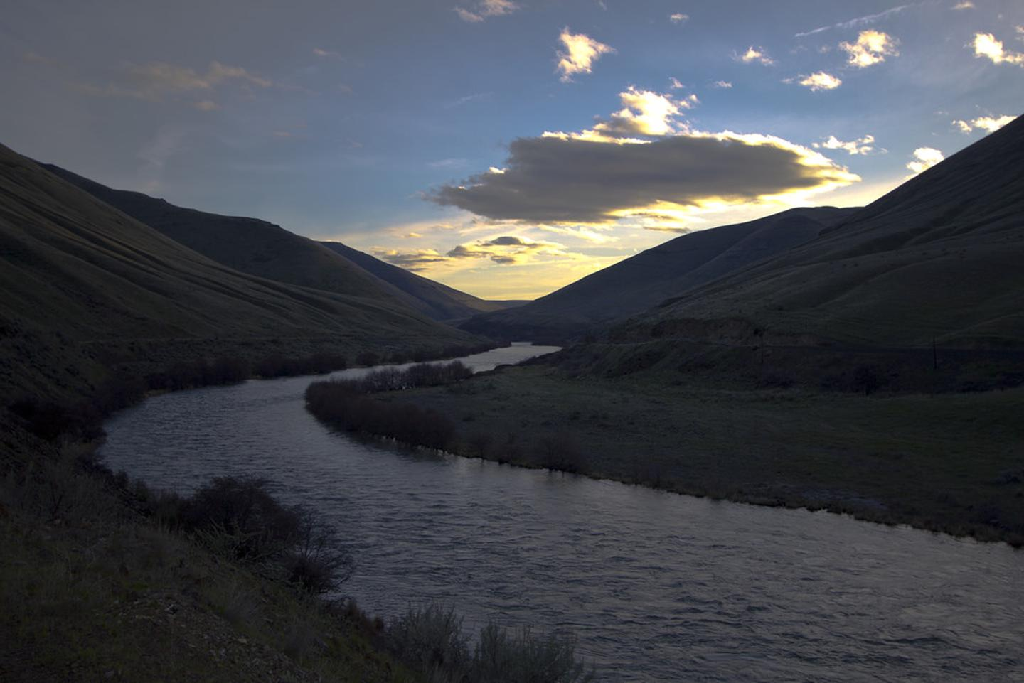 Deschutes River at sunset