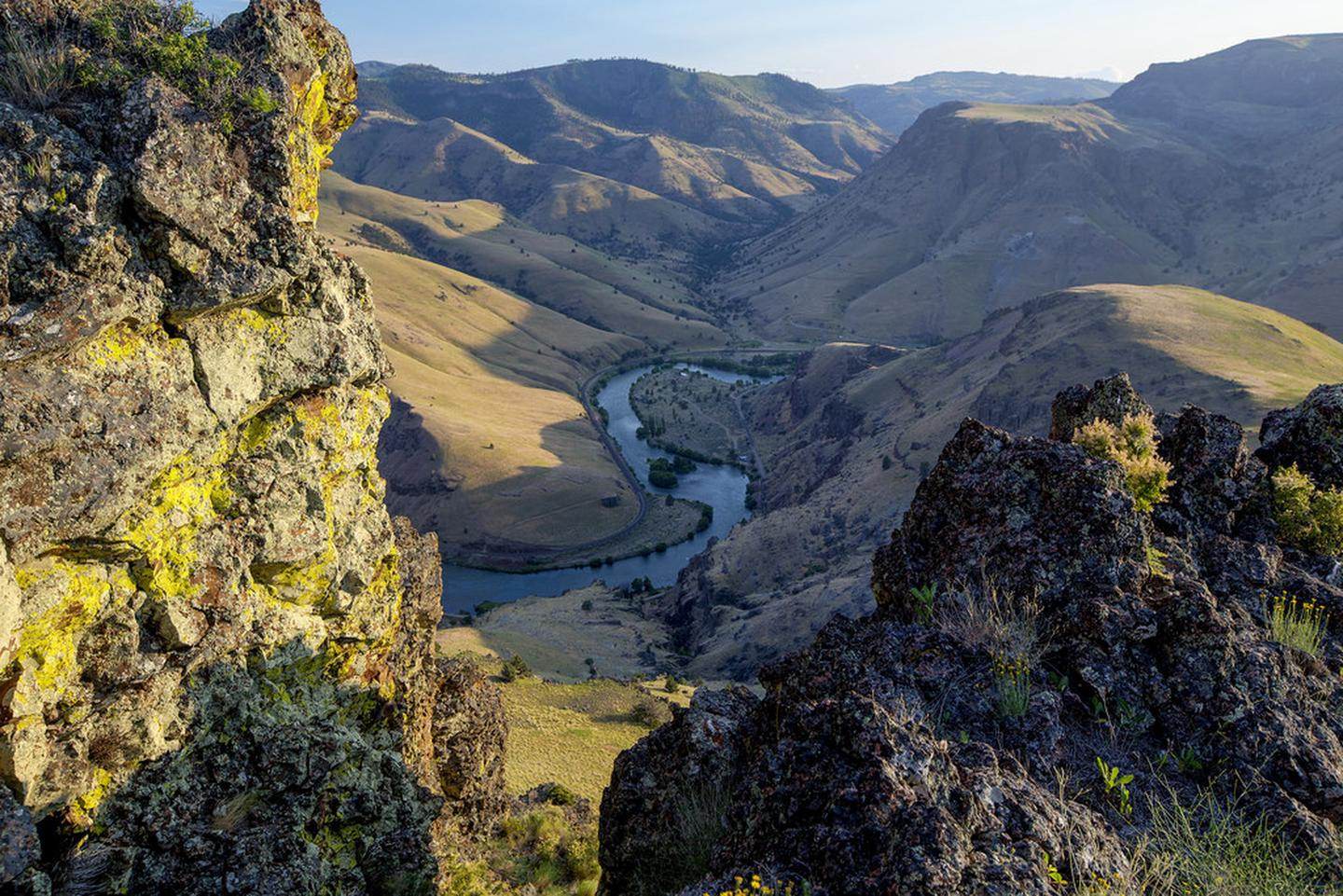 View looking down into Deschutes River canyon.View looking down into Deschutes River canyon.