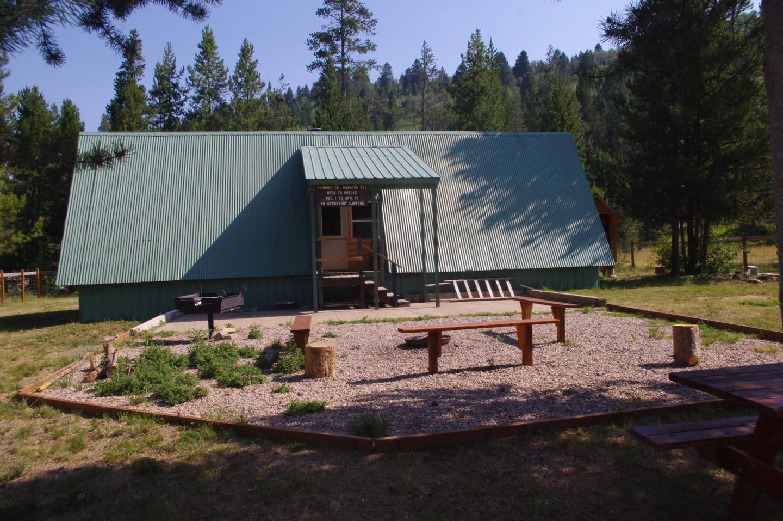 Preview photo of Diamond Creek Guard Station
