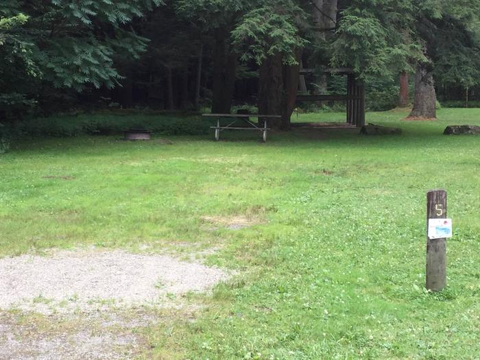 Kelly Pines Campground: Site 5