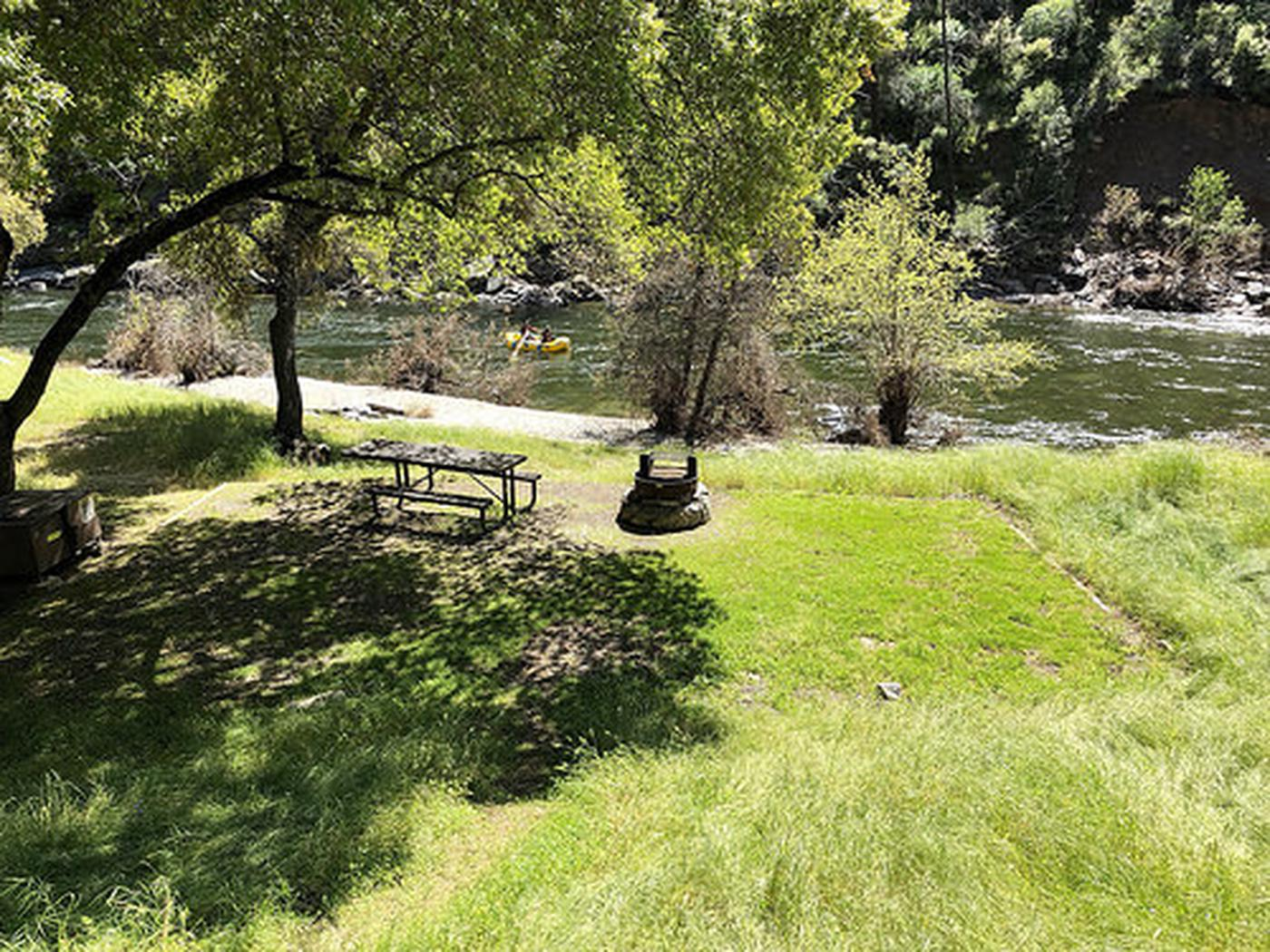 Merced River RMAWillow Placer Campground