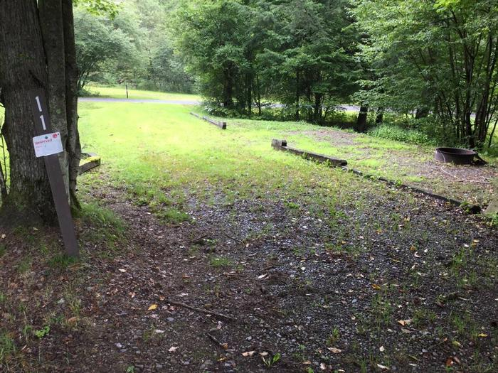 Twin Lakes Recreation Area: Site 11