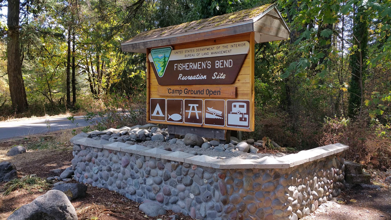 Entrance sign for Fishermen's Bend Recreation Site