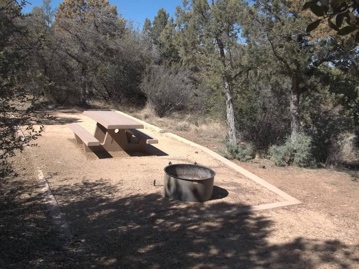 Hilltop Campground Campsite 25