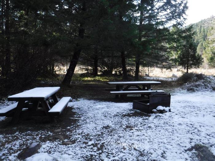 Toketee Lake Campground B 10