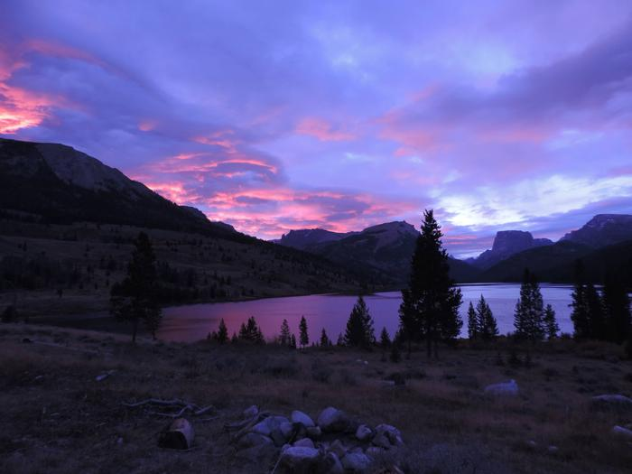 Sunrise over lakeSunrise
