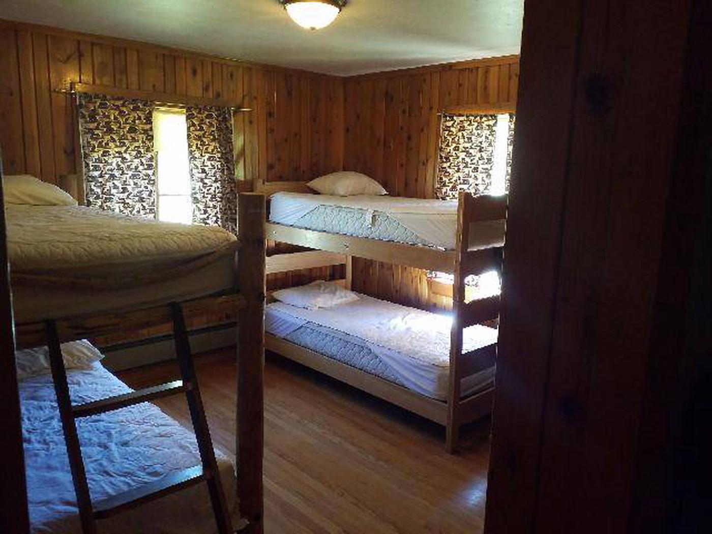 Sunlight Rangers Cabin - Bedroom4 Beds in one of the bedrooms