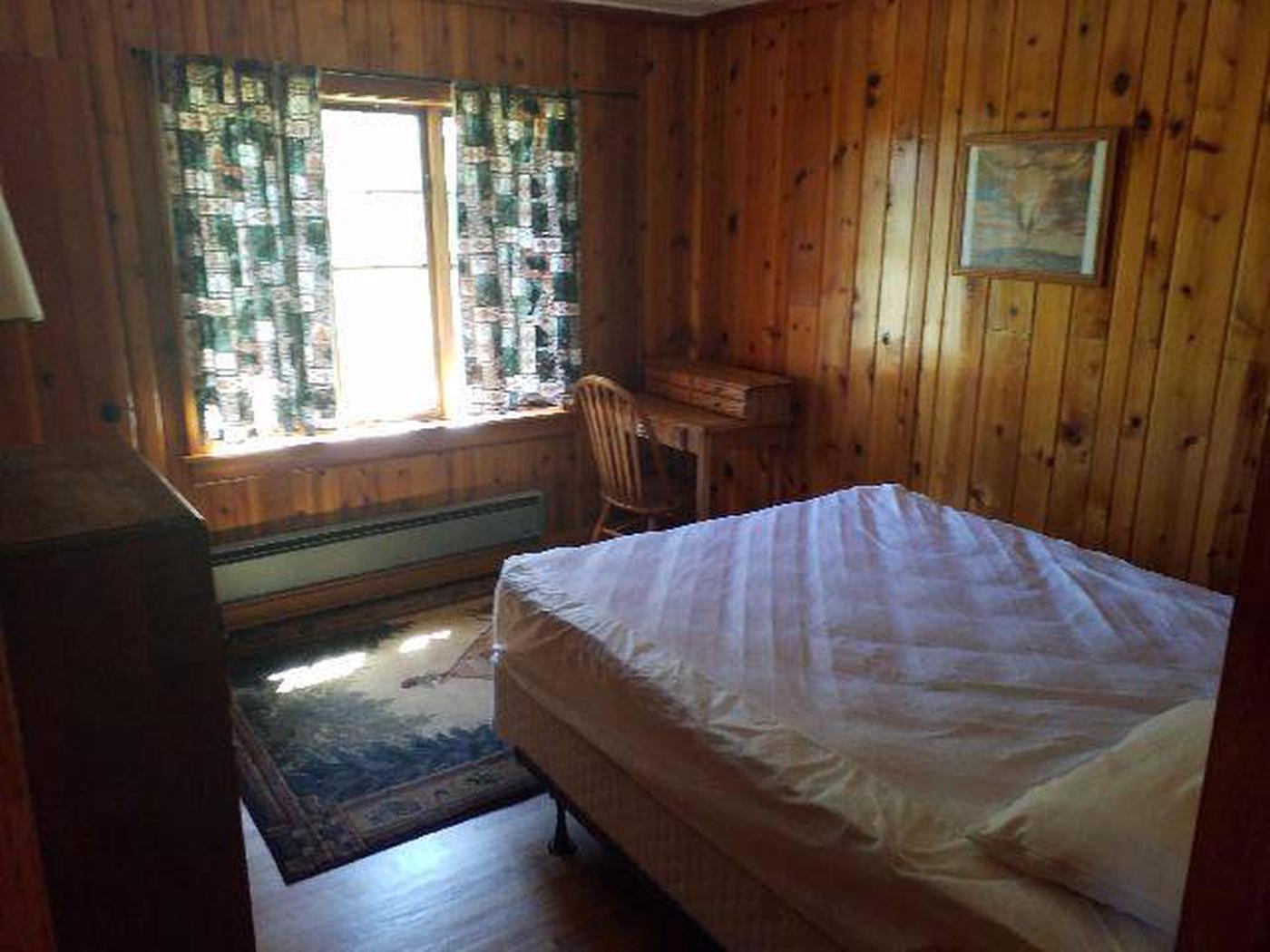Sunlight Rangers Cabin - BedroomOne bed in the other bedroom