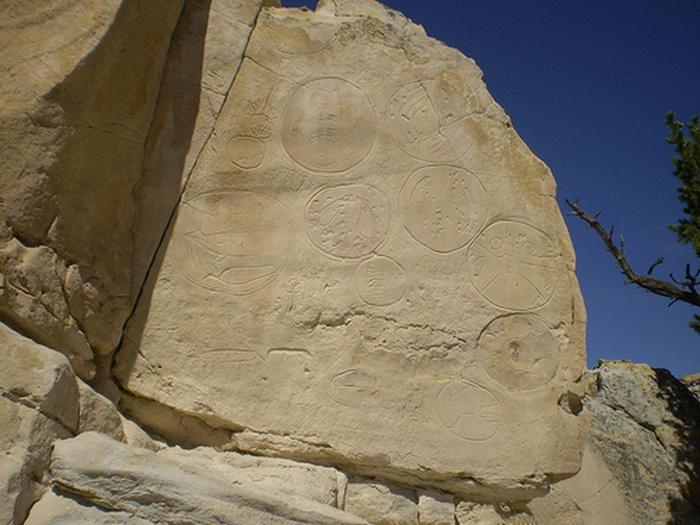 Petroglyph photoPhoto of petroglyphs