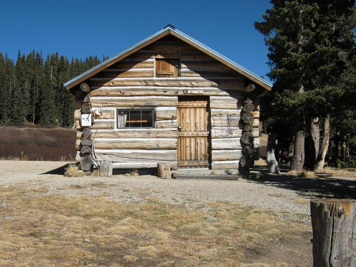 Preview photo of Elwood Cabin