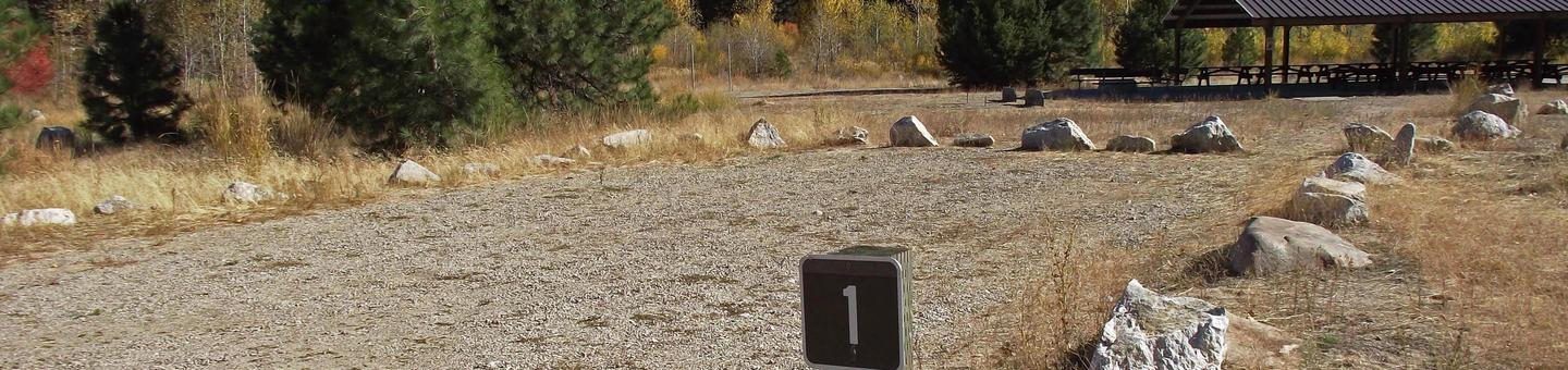 Roads and parking within the campground are gravel with two large pavillions for large-groups that can accommodate up to 100 people which is surrounded by cottonwood, aspen, Douglas fir and ponderosa pine.Elks Flat Campground