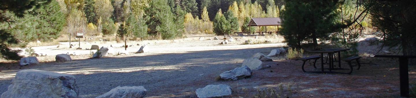 Elks Flat provides two large-group campsites that can accommodate up to 100 people with picnic table, BBQ stand in your site with pine trees surrounding you.Elks Flat Campground