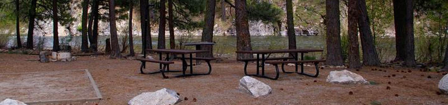 The South Fork Boise River runs along the eastern edge of the campground, offering rafting, swimming and fishing with picnic tables, BBQ stand and tent pads on the sites.Elks Flat Campground