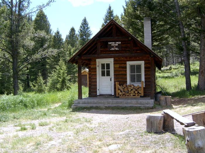 CANYON CREEK CABINSummer - looking at the porch of the Canyon Creek cabin.