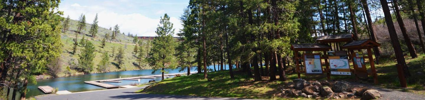 Boat launch area and docksThe boat ramp area is available to campers and day users for a fee