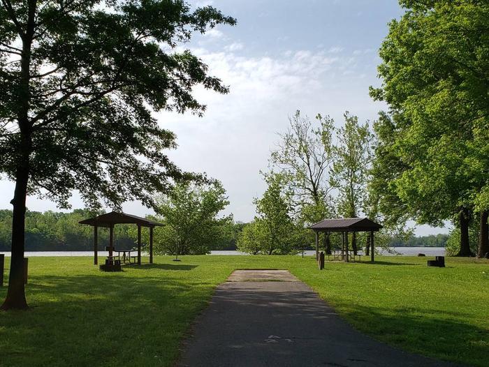 Campsite A21Back-in site