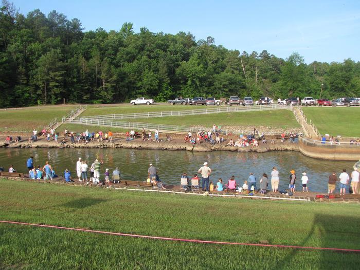Horseshoe BendHorseshoe Bend Fishing Derby