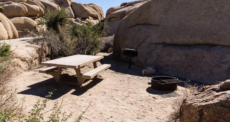 Jumbo Rocks site 3View of campsite