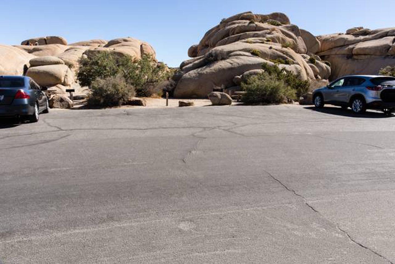Jumbo Rocks site 7aParking space for campsite