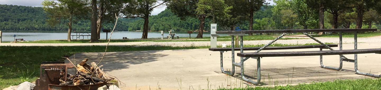 OBEY RIVER PARK SITE #88