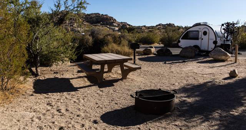 Jumbo Rocks site 85View of campsite