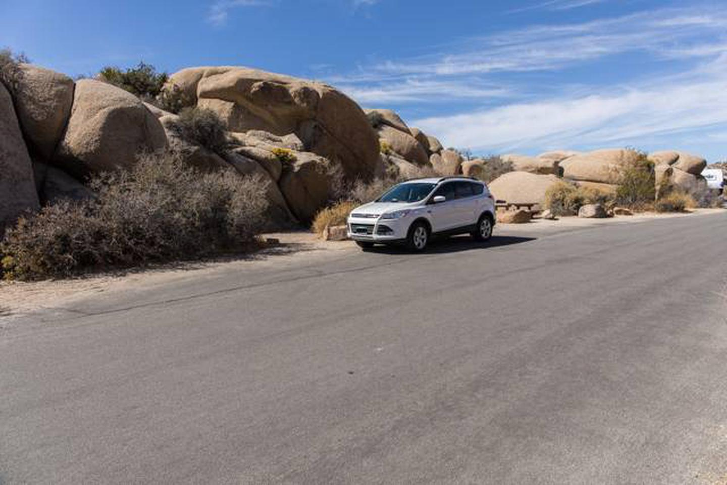 Jumbo Rocks site 91Parking space for campsite