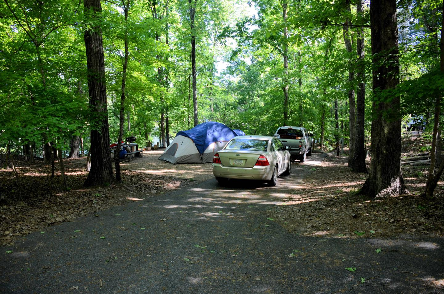 Driveway, utilities-side clearance, awning clearanceMcKinney Campground, campsite 24