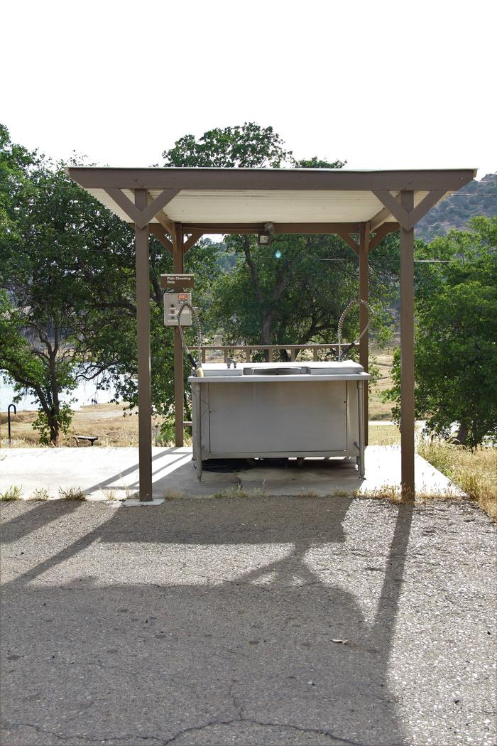 ISLAND PARK CAMPGROUND FISH CLEANING STATIONFISH CLEANING STATION LOCATED NEAR CAMPSITES #2 & #3