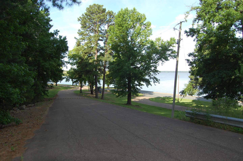 BEARD'S BLUFF PARK