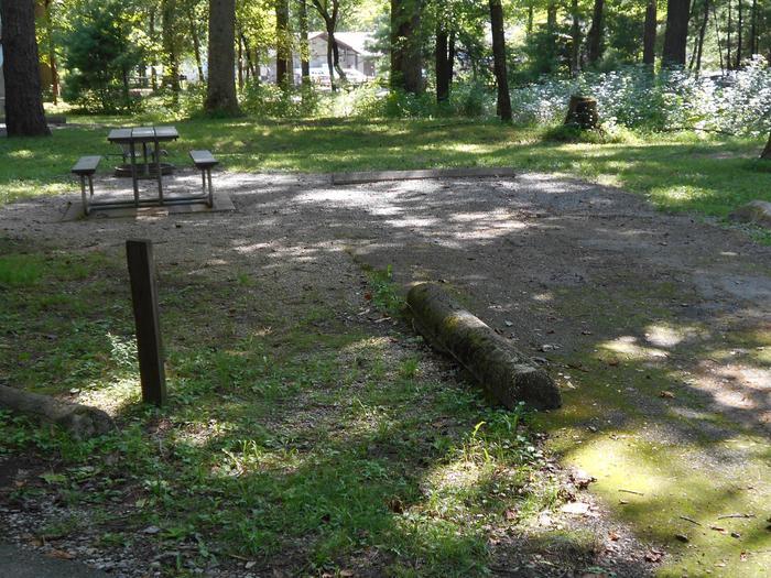 Cades Cove Campground B15B15 Generator Site