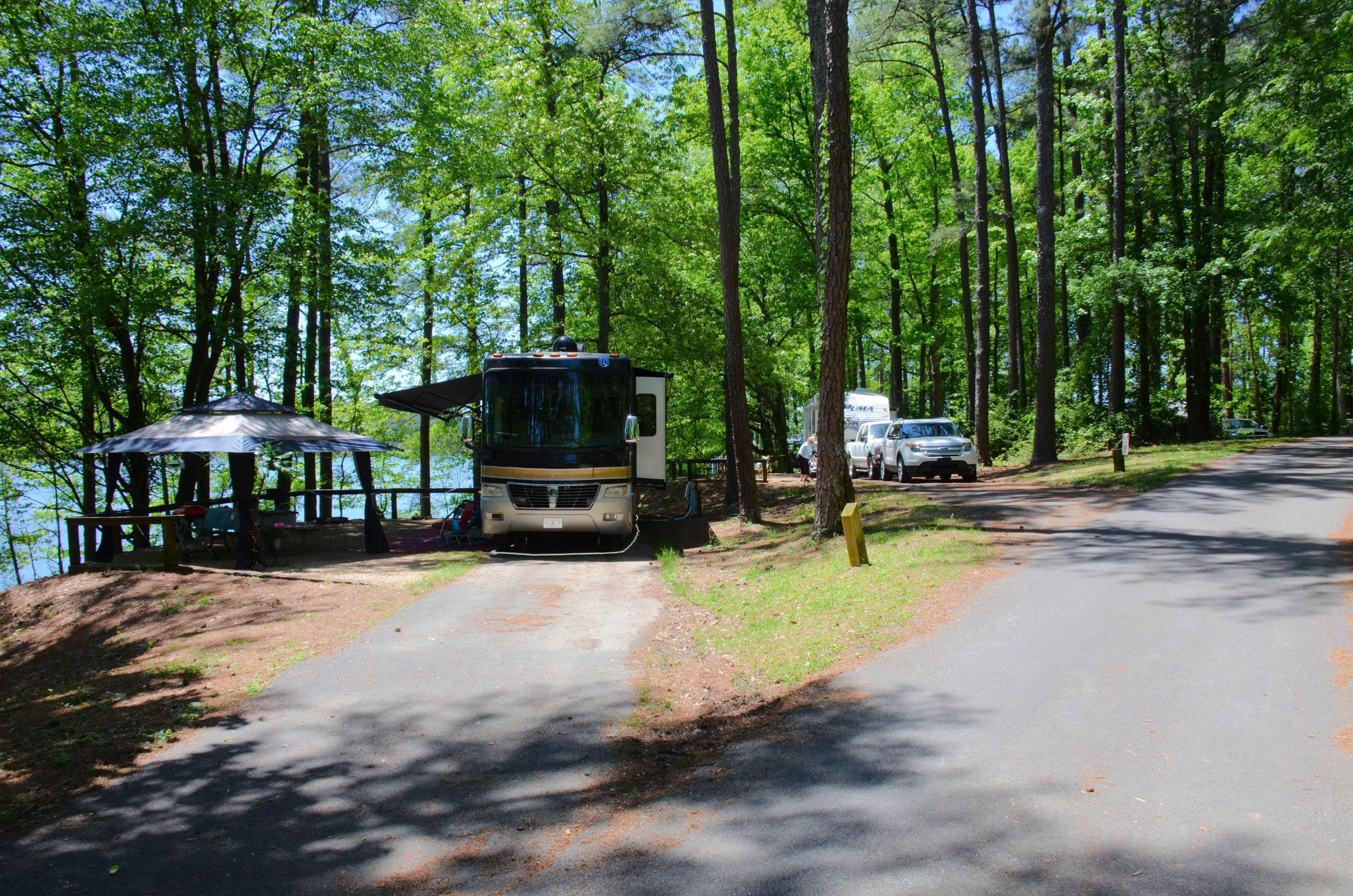 Driveway entrance angle/slope, utilities-side clearance, awning-side clearance.McKinney Campground, campsite 130.
