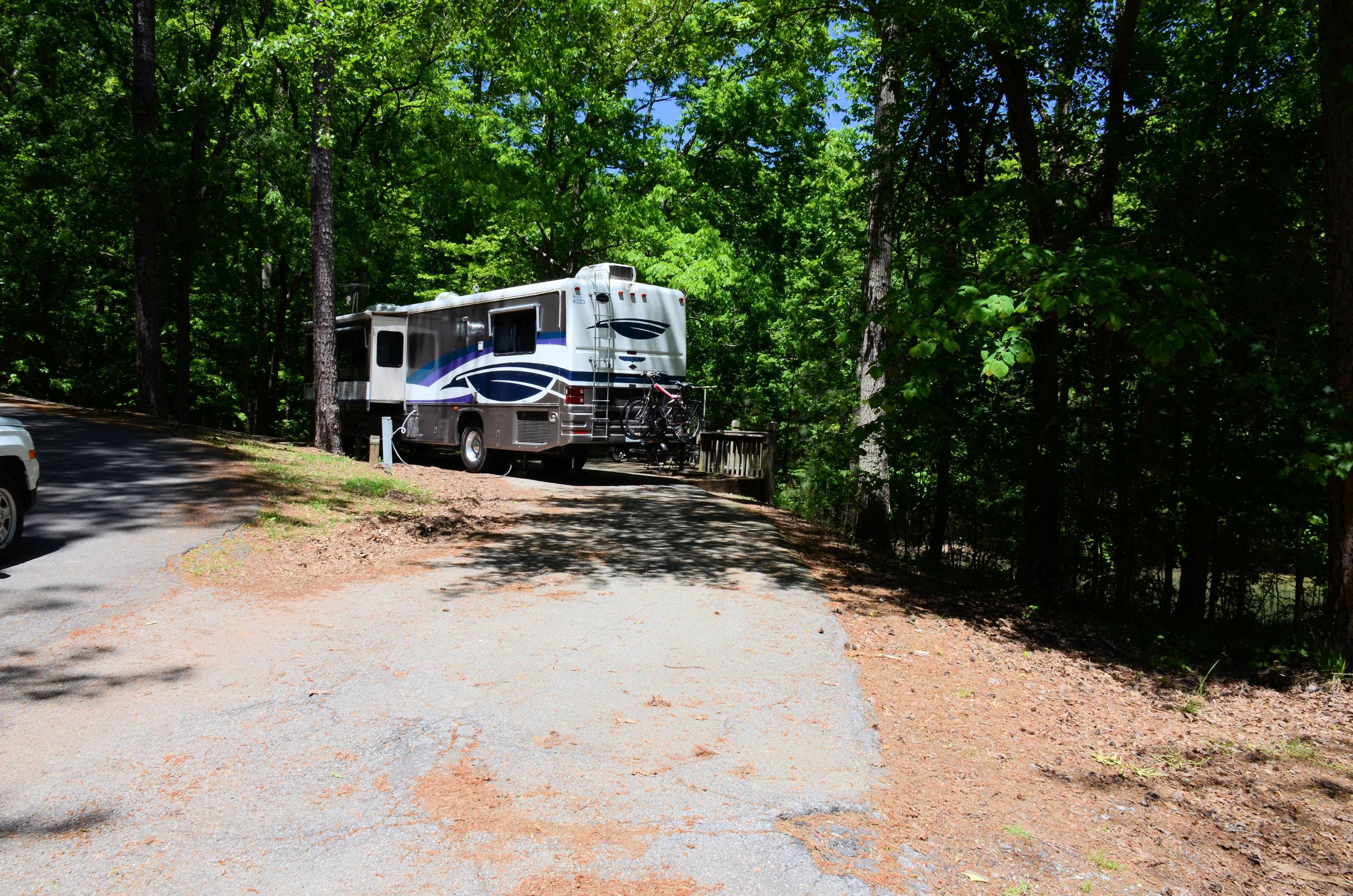 Pull-thru entrance, driveway slope, utilities-side clearance.McKinney Campground, campsite 149.