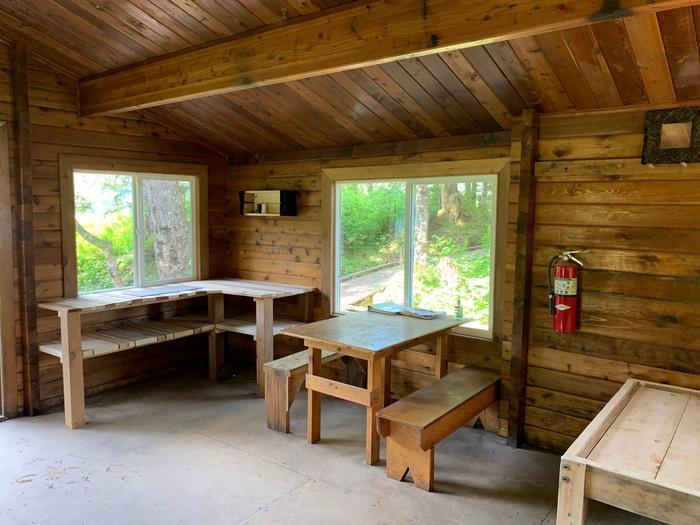 Harrison Lagoon CabinHarrison Lagoon Cabin- Inside