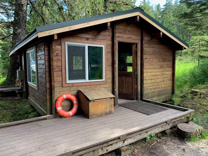 Harrison Lagoon CabinHarrison Lagoon Cabin- Outside